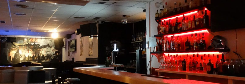 Gold Saucer Bar